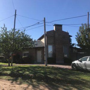 Casa moderna en Venta FOURNIER 3100- Bº ALTOS DE INDEPENDENCIA