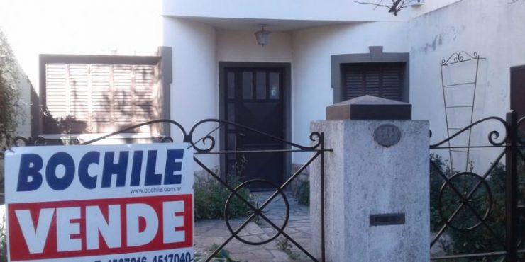 Casa de 4 dormitorios en Venta AMUNDSEN 500