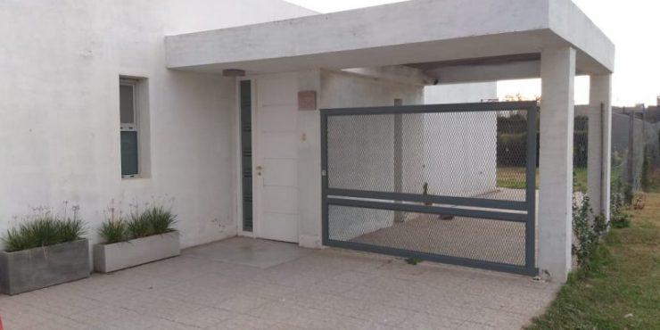 Casa de 3 dormitorios en Venta en Barrio Patagonia, Belgrano entre Spilimbergo y M. Campos