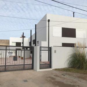 Duplex en Venta en MONTE HERMOSO a dos cuadras del mar