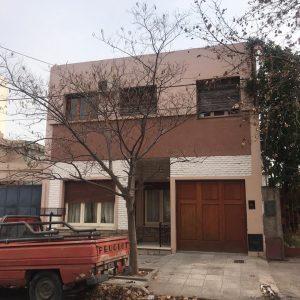 Casa en Venta de dos plantas SANTIAGO DEL ESTERO 330
