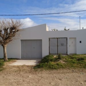 Galpón-Deposito en Alquiler REMEDIOS DE ESCALADA 2000 (Esq. Rawson)